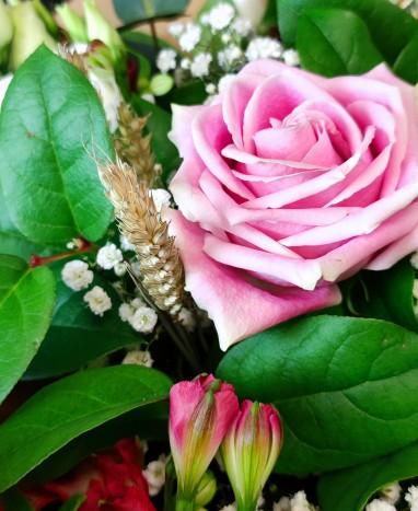 Bouquet de fleurs C'est le printemps - Livraison de fleurs à domicile - Max le Fleuriste