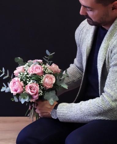 Bouquet de Roses Roses - Livraison de fleurs à domicile - Max le Fleuriste
