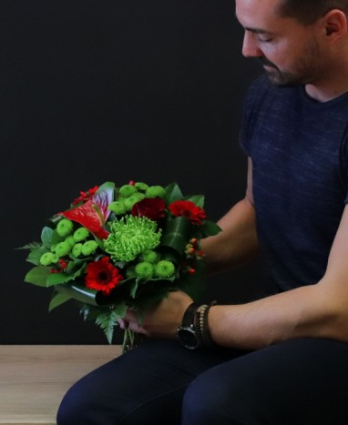 Premier rendez-vous - Bouquet de fleurs rouge - Livraison de fleurs à domicile - Max le Fleuriste